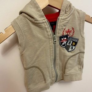 Tommy Hilfiger vest sweater for an 18 month boy.